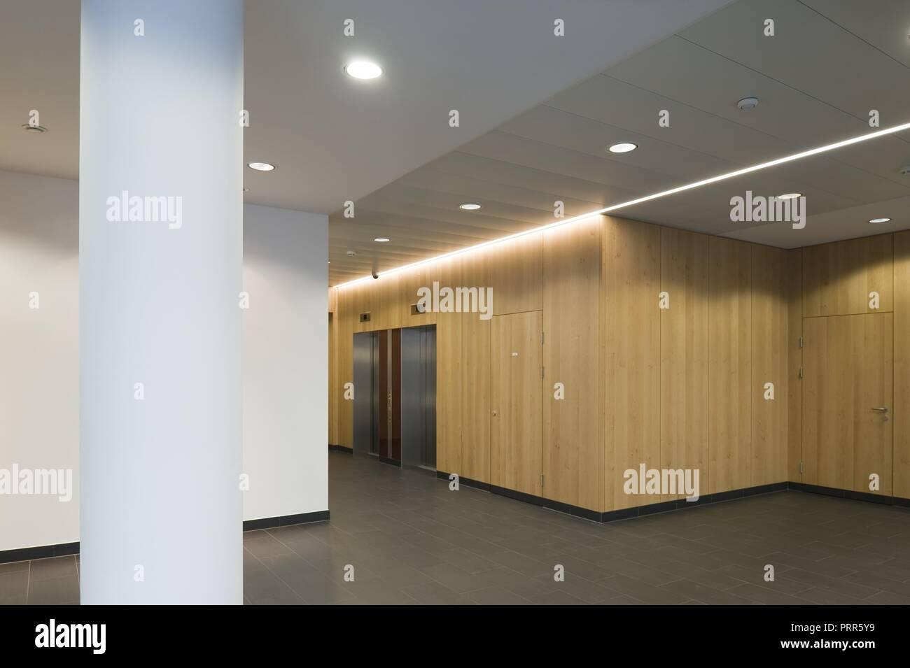 Bürogebäude Wagenseilgasse 14 Stock Photo