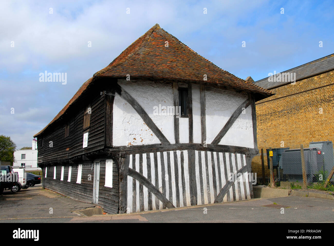 Old 15th century road-side building, Conduit Street, Faversham, Kent, England - Stock Image