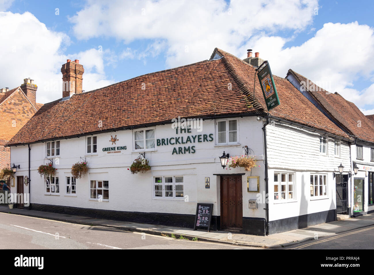 17th century The Bricklayers Arms, Wool Lane, Midhurst, West Sussex, England, United Kingdom - Stock Image
