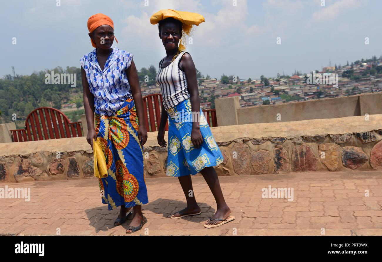 Rwandan women in Kigali, Rwanda. - Stock Image