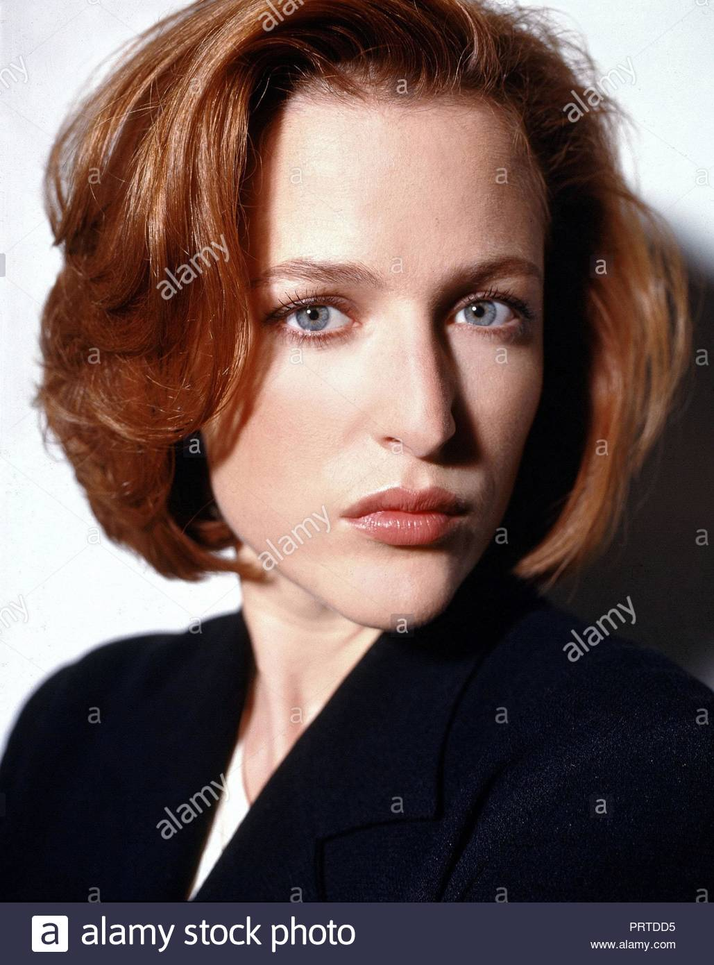 Original film title: THE X FILES. English title: THE X FILES. Year: 1993. Director: CHRIS CARTER; ROB BOWMAN; DAVID NUTTER. Stars: GILLIAN ANDERSON. Credit: FOX FILMS / Album - Stock Image