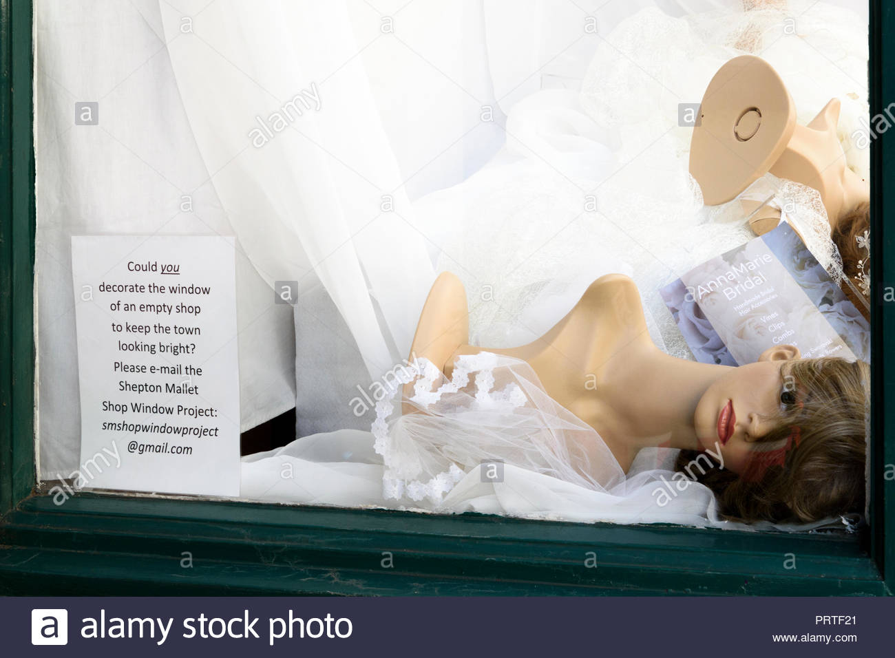 Fallen Dummies Stock Photos & Fallen Dummies Stock Images