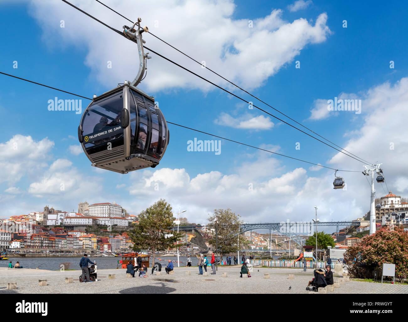 The Teleferica de Gaia (cable car) from Avenida de Diogo Leite, Vila Nova de Gaia, Porto, Portugal - Stock Image