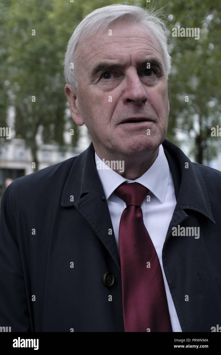 London, Greater London, UK. 5th Oct, 2018. John McDonnell, Labor Member of Parliament seen during the demonstration.Wetherspoons, TGI Fridays, and McDonald's workers rally together in London to demand better working conditions and a fair pay in the hospitality industry. Credit: Andres Pantoja/SOPA Images/ZUMA Wire/Alamy Live News - Stock Image