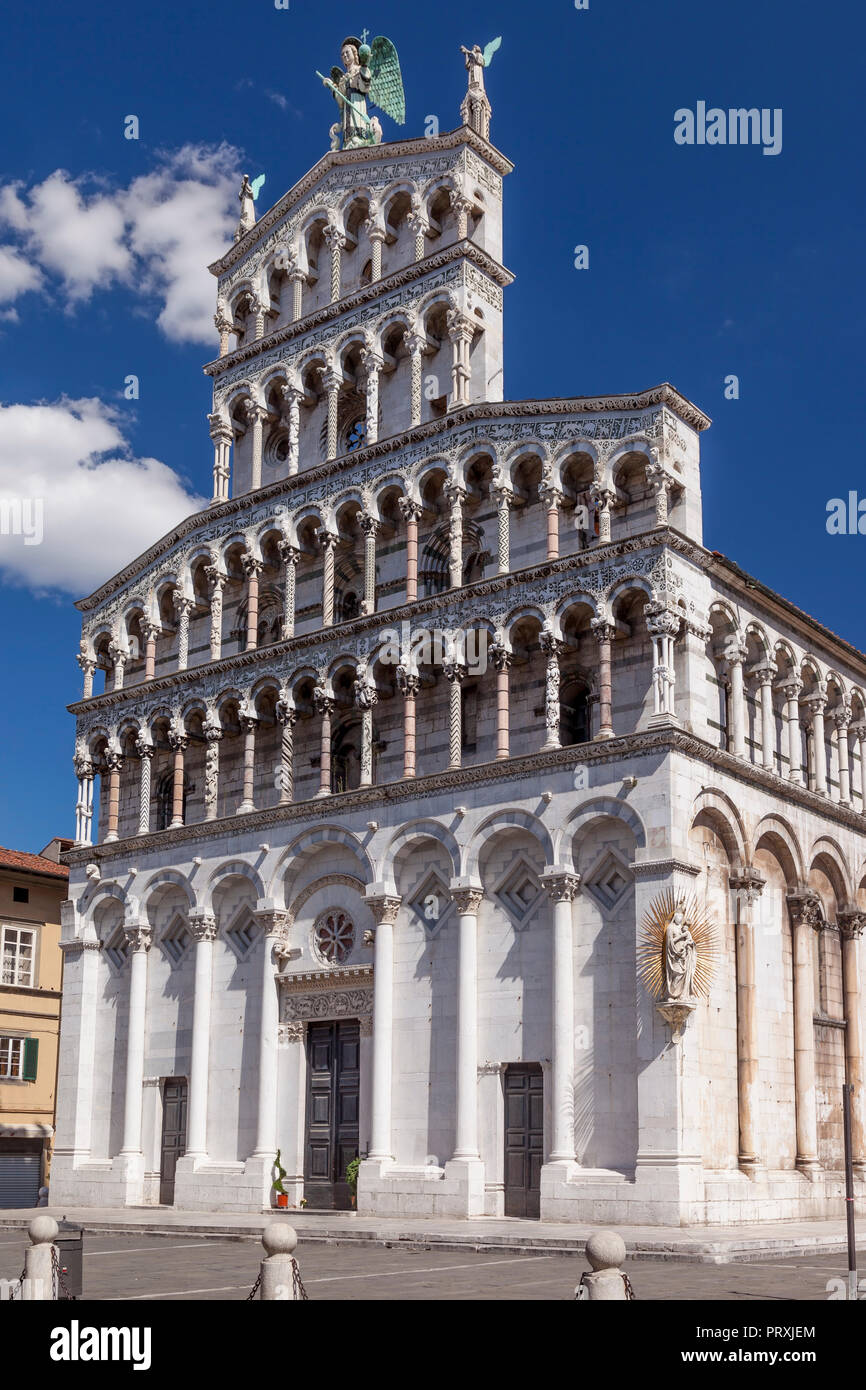 Front facade of  Chiesa di San Michele in Lucca, Tuscany, Italy - Stock Image