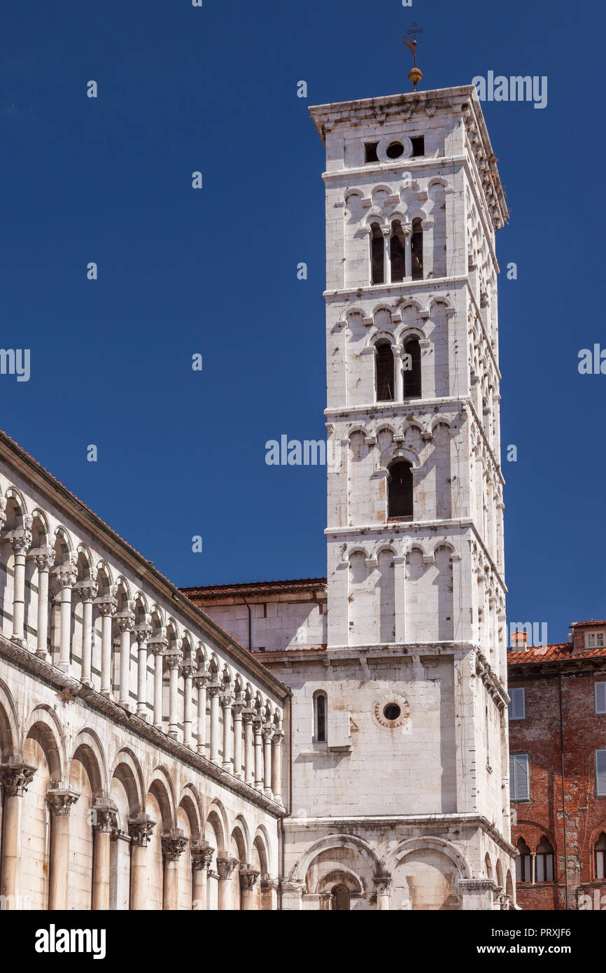 Campanile - bell tower of Chiesa di San Michele in Lucca, Tuscany, Italy - Stock Image