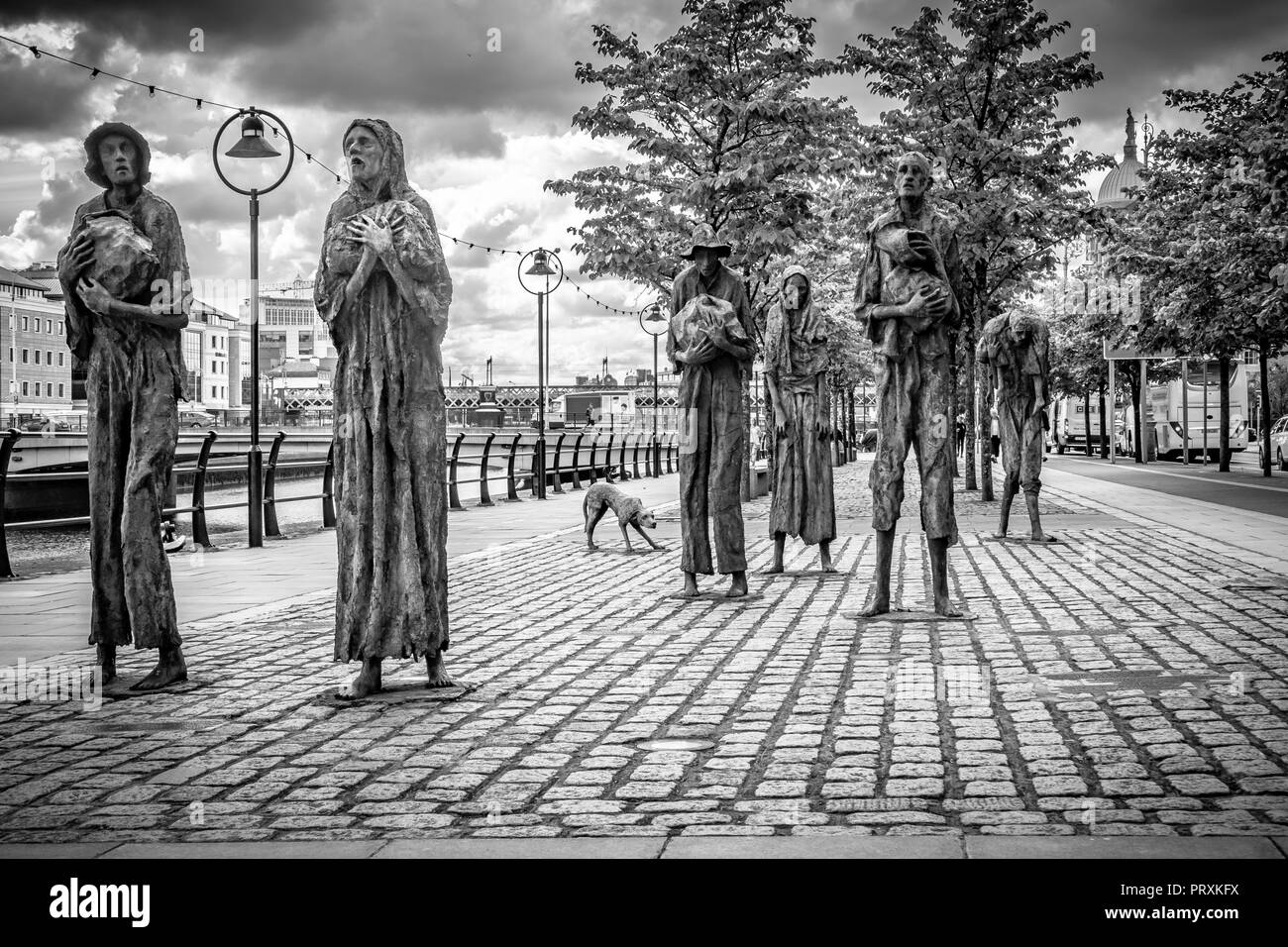 Great Famine Statue, Custom House Quay, Dublin, Ireland, Europe. - Stock Image
