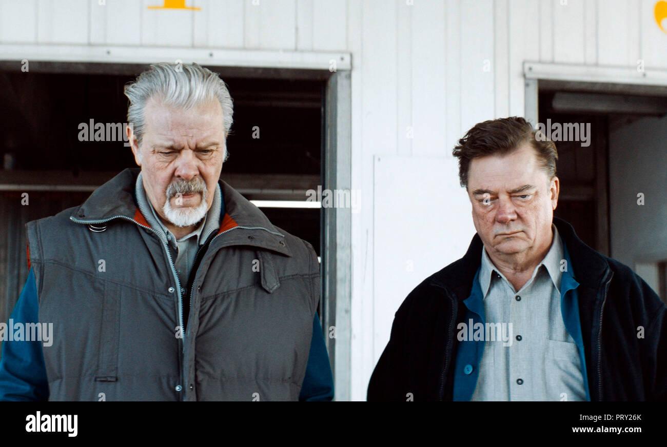 Prod DB © Sommerhaus Filmproduktionen / DR UNE VALSE DANS LES ALLEES IN DEN GANGEN de Thomas Stuber 2018 ALL. Andreas Leupold Peter Kurth. d'apres une - Stock Image