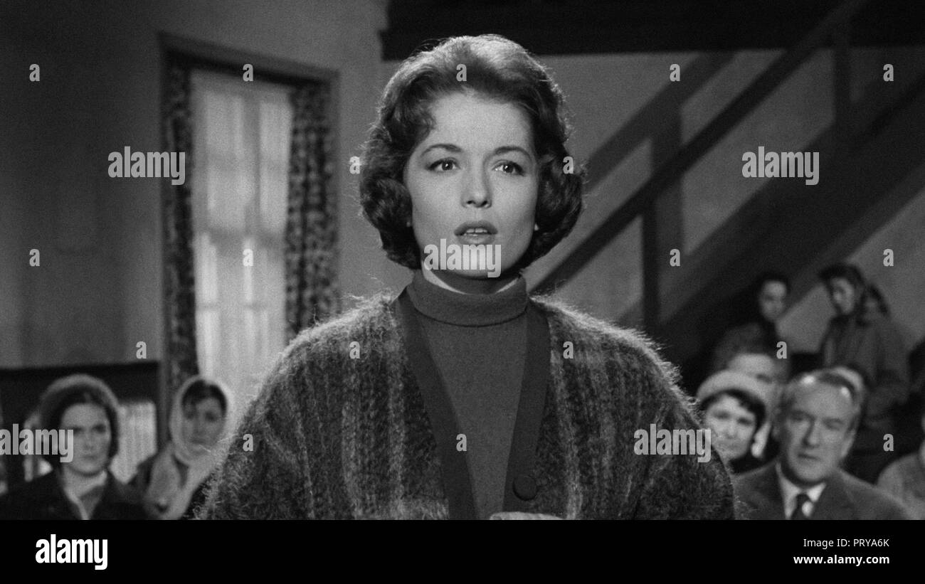 Prod DB © Metro-Goldwyn-Mayer British Studios / DR LE VILLAGE DES DAMNES VILLAGE OF THE DAMNED de Wolf Rilla 1960 GB Barbara Shelley. fantastique; fan - Stock Image