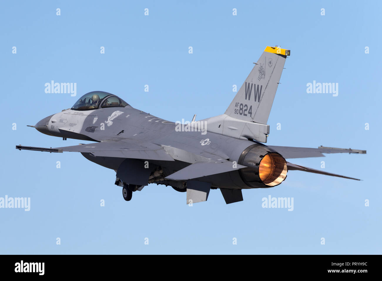 United Staes Air Force (USAF) Lockheed F-16CJ Fighting Falcon 90-0824 from the 14th Fighter Squadron, 35th Fighter Wing at Misawa Air Base, Japan. - Stock Image