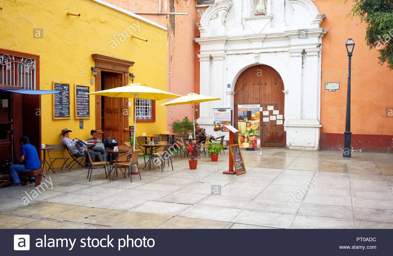 Cafe Taberna Calixto Jirón Francisco Pizarro 552 Trujillo Perú in the center - Stock Image