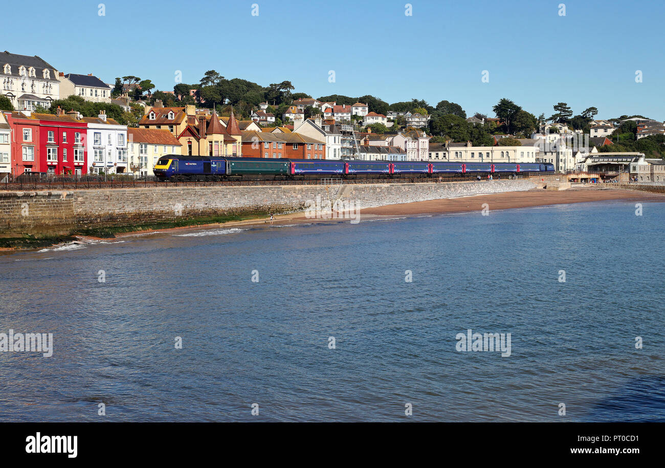 A HST passes Dawlish on 26.9.18 with a Penzance service. - Stock Image