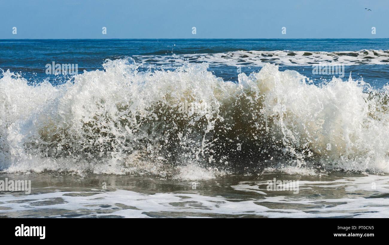 Powerful sea waves splash, beautiful natural background Stock ...