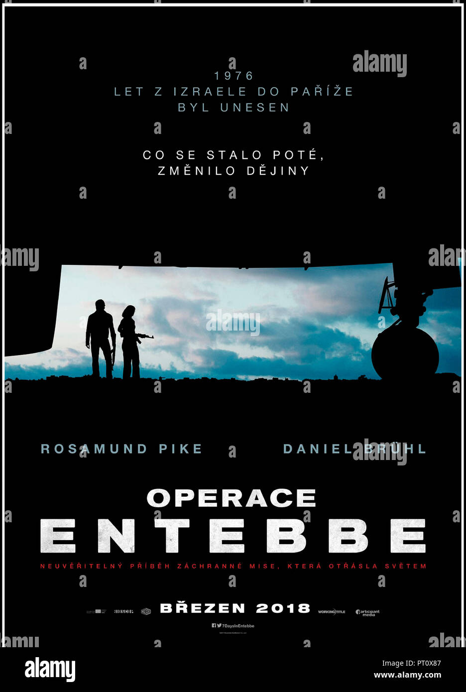 Prod DB © Participant Media - Pellikola - Working Title Films / DR OTAGES A ENTEBBE (ENTEBBE) de Jose Padilha 2018 GB/USA teaser tcheque avec Rosamund - Stock Image