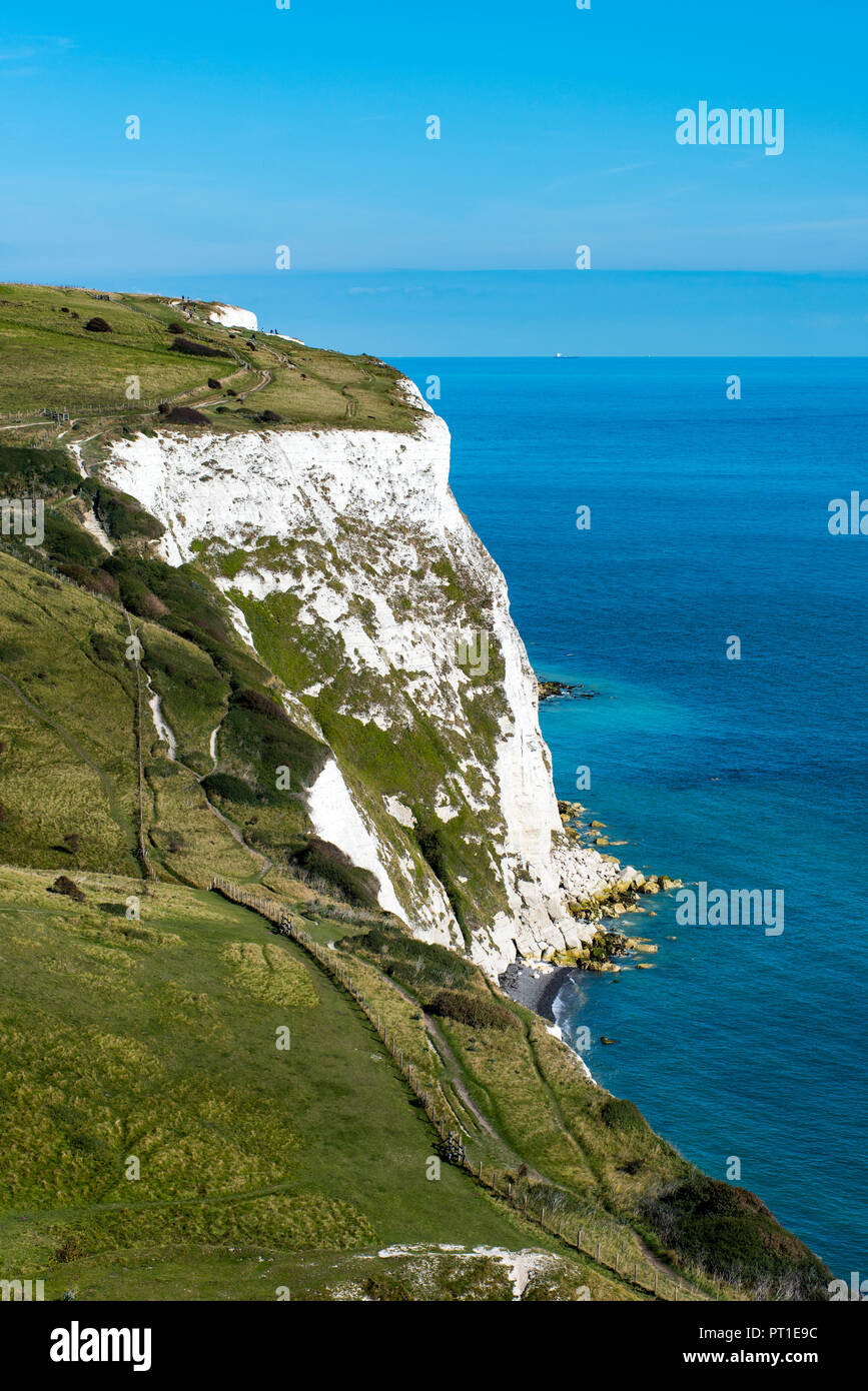 Langdon Bay and the White Cliffs of Dover, UK. - Stock Image