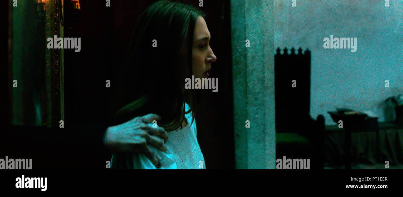 Prod DB © Warner Bros. - New Line Cinema - Atomic Monster - the Safran Company / DR LA NONNE THE NUN de Corin Hardy 2018 USA Taissa Farmiga. horreur; - Stock Image