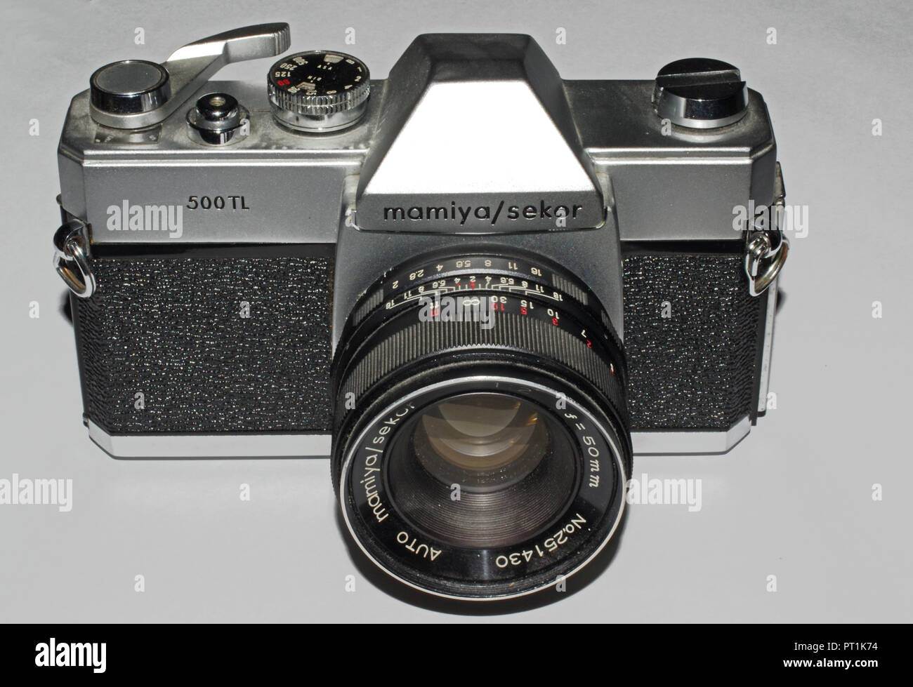 Mamiya Sekor 500 TL camera  with lens (1965 about) - Stock Image