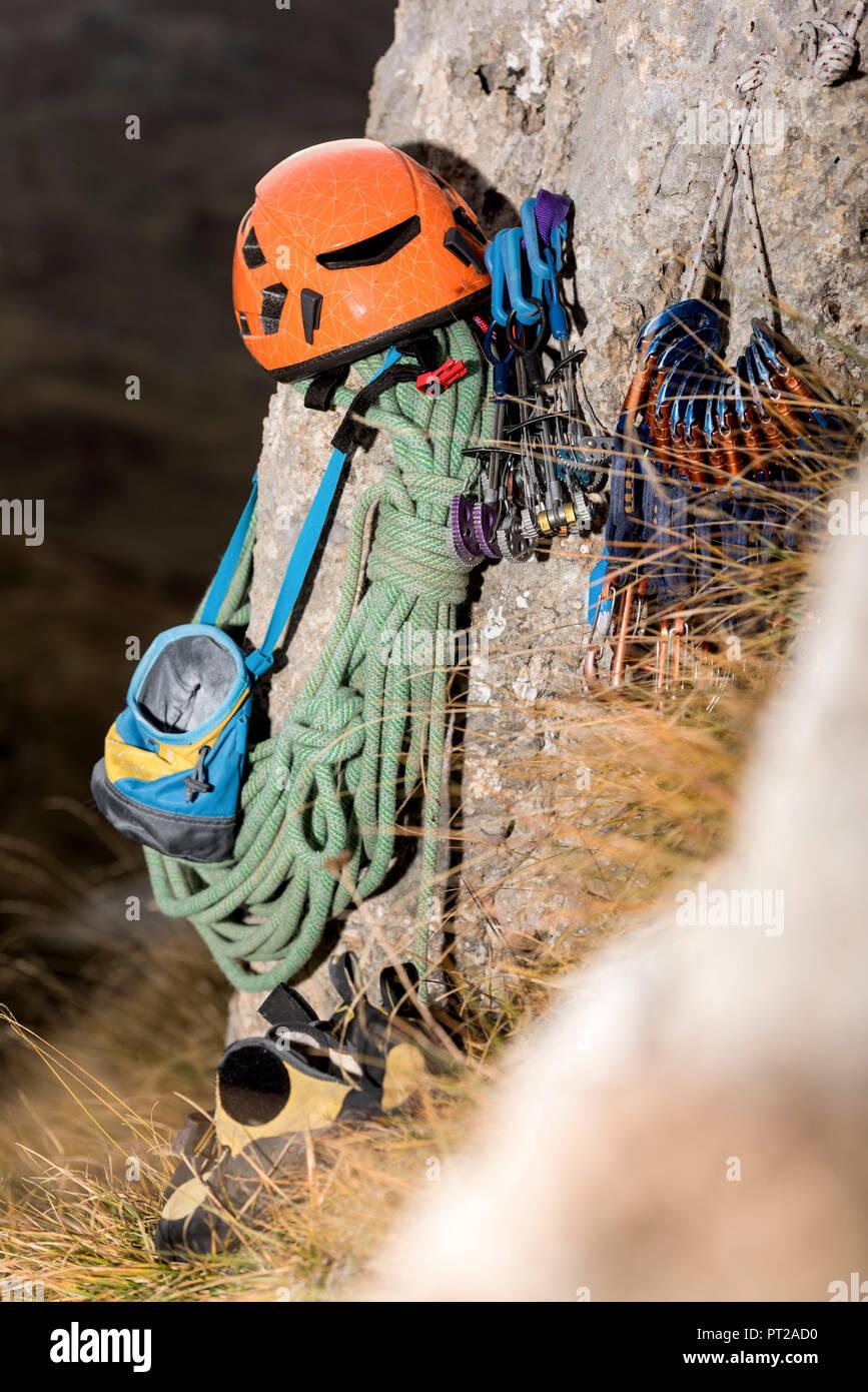 Climbing with alpine guide arco and garda lake trentino dolomiti sport.