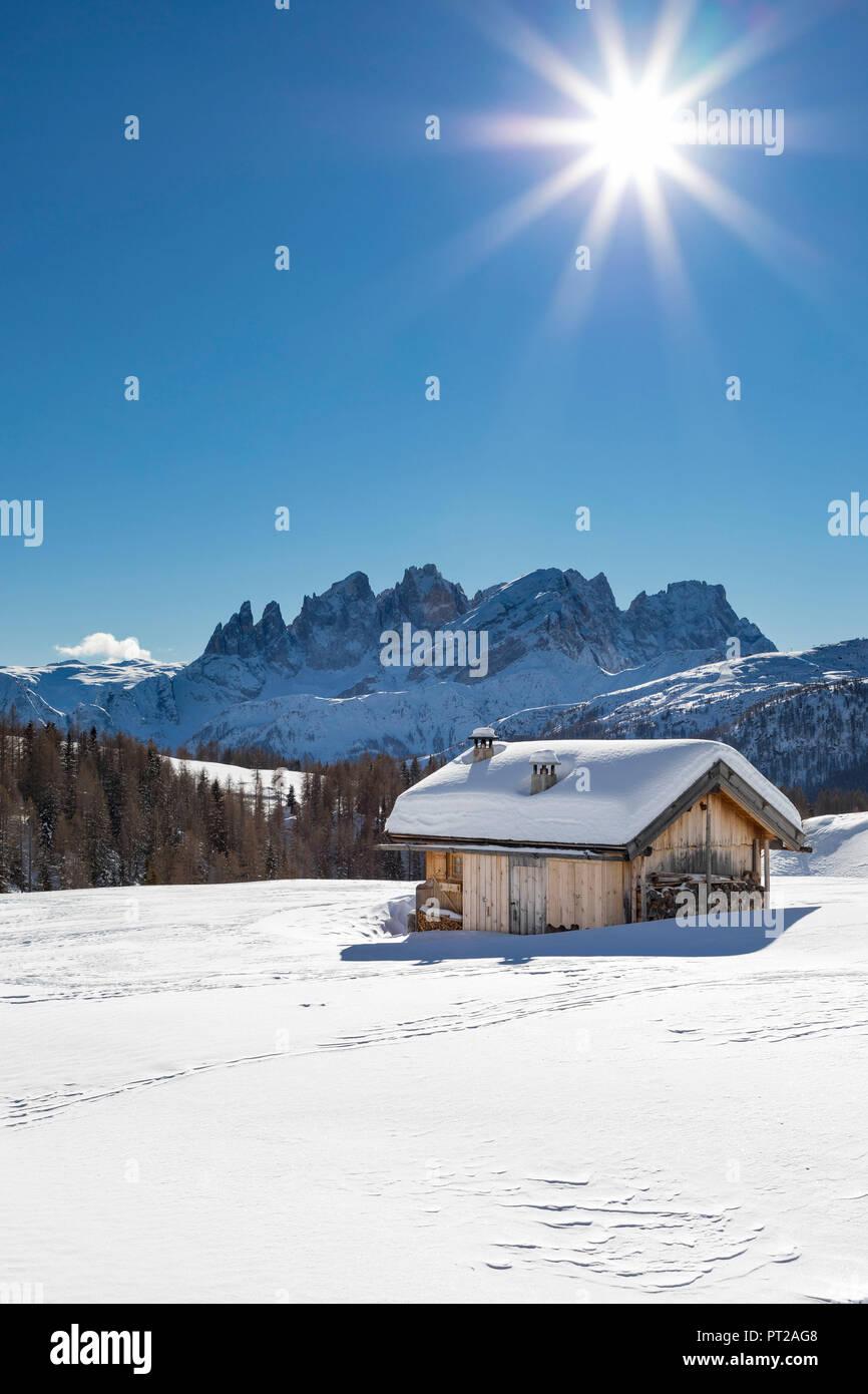 View on the Pale Group (Pale di San Martino) from the small village called Fuciade in San Pellegrino Pass (Soraga di Fassa, Biois Valley, Trento province, Trentino-Alto Adige, Italy, Europe) Stock Photo