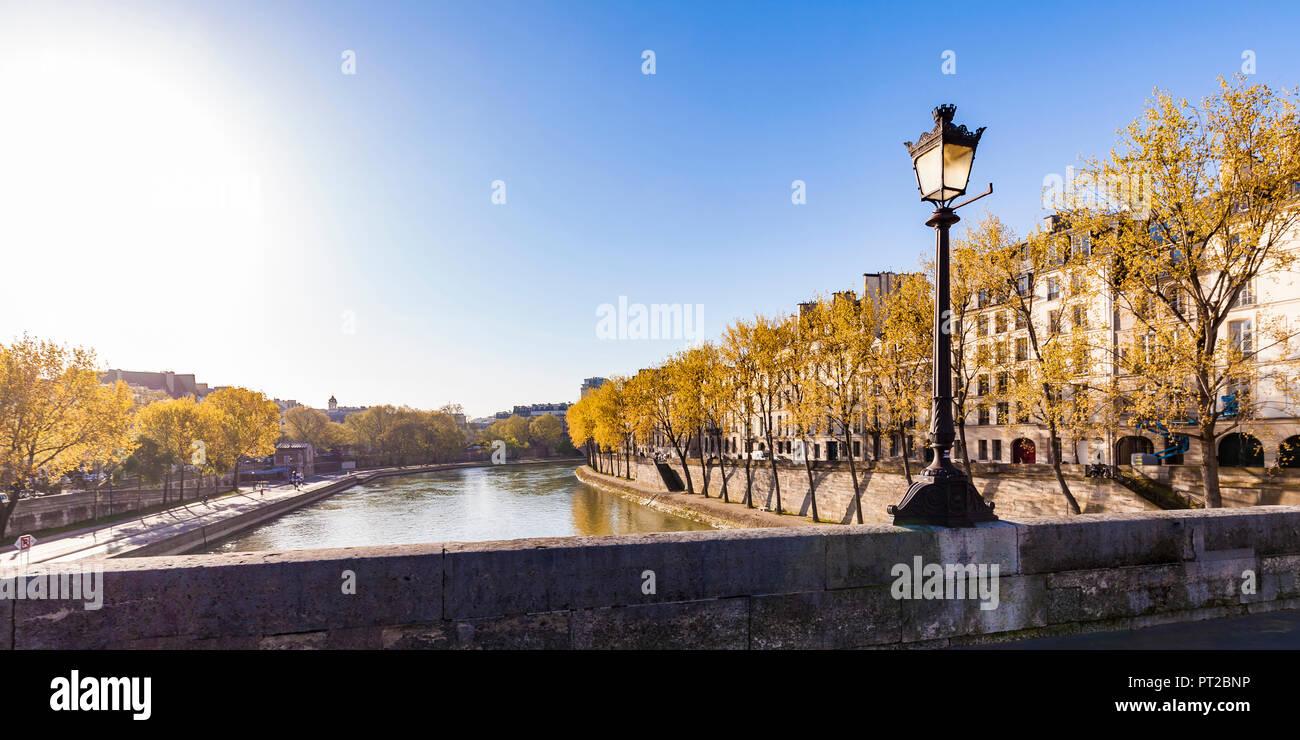 France, Paris, Street light on Pont Marie - Stock Image