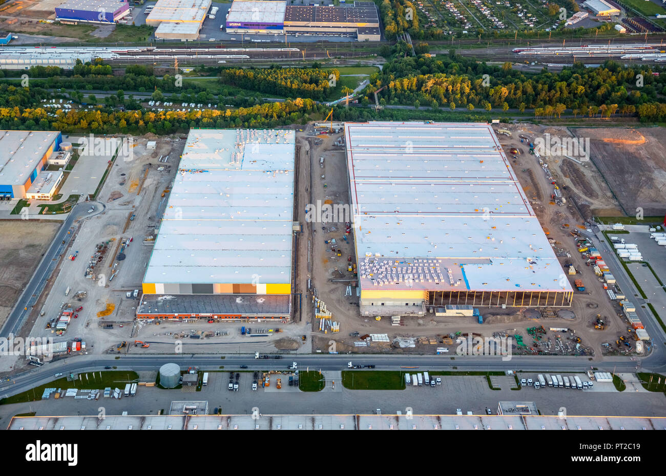 Amazon logistics, new hall building on the area of ??the Westfalenhütte, internet trade, warehouses, distribution warehouse, Dortmund, Ruhr area, North Rhine-Westphalia, Germany, Europe - Stock Image