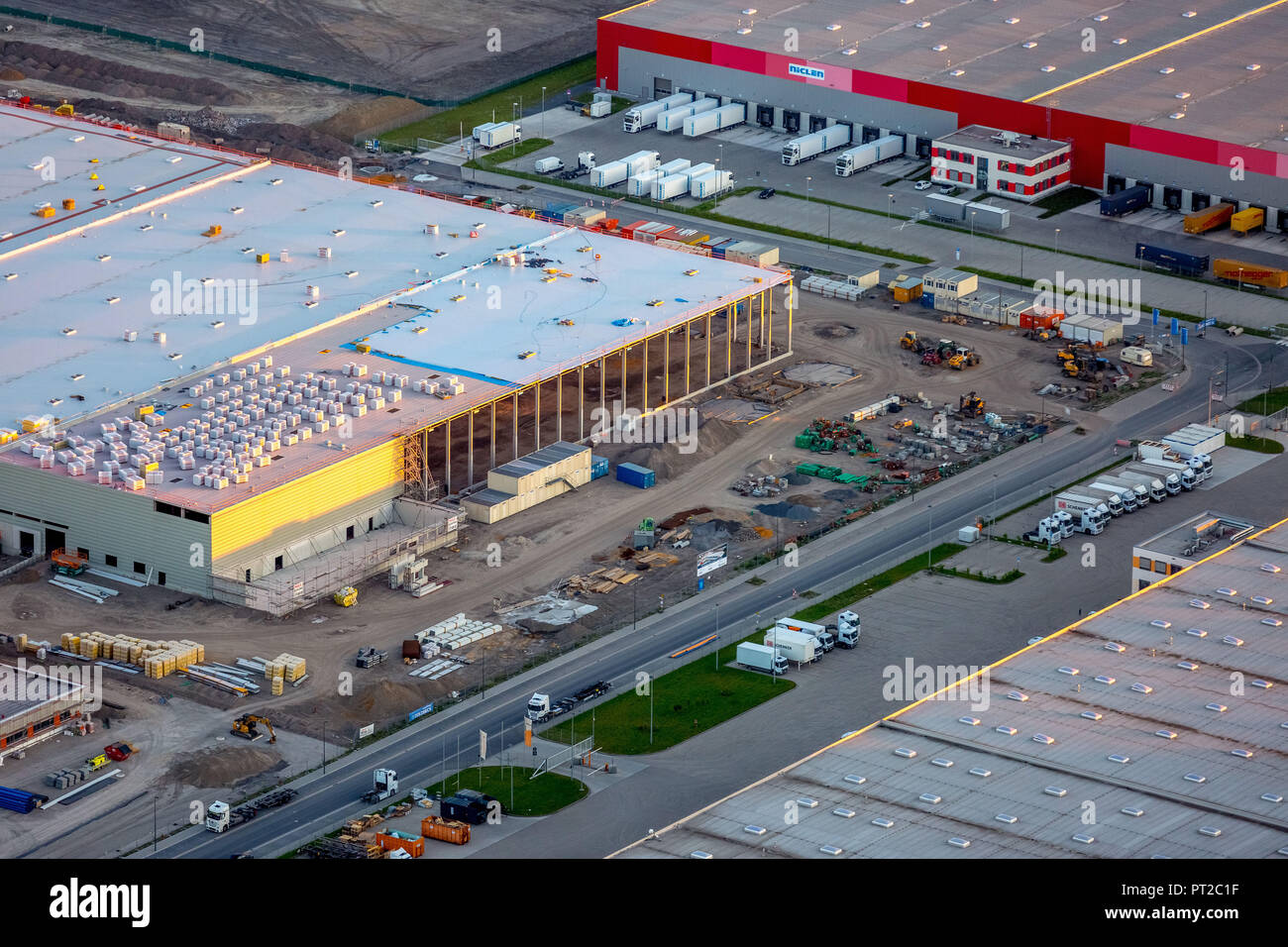 Amazon logistics, new hall building on the area of ??the Westfalenhütte, internet trade, warehouses, distribution warehouse, Dortmund, Ruhr area, North Rhine-Westphalia, Germany, Europe - Stock Image