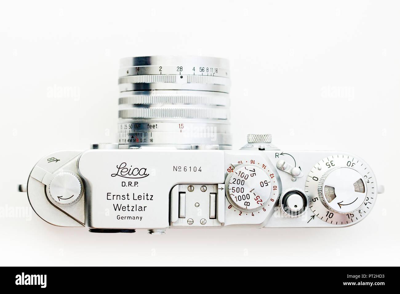 Vintage Leica IIIf 35mm film camera, circa 1952 - Stock Image