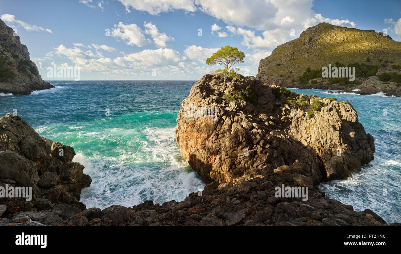 Coast at Sa Calobra, Tramuntana, Mallorca, Balearic Islands, Spain - Stock Image