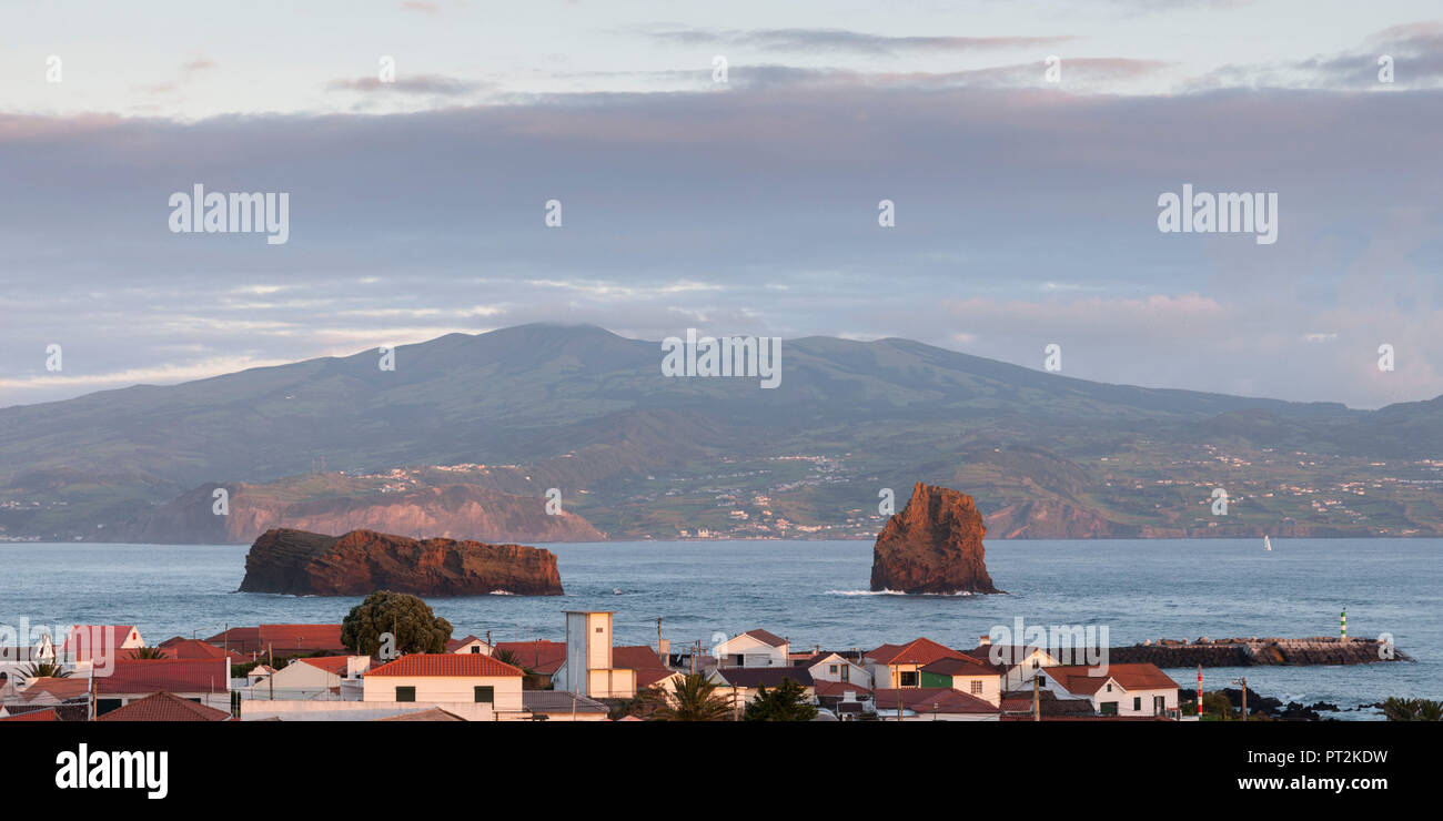 morning view from Madalena on Pico over the water to the neighboring island Faial - Stock Image