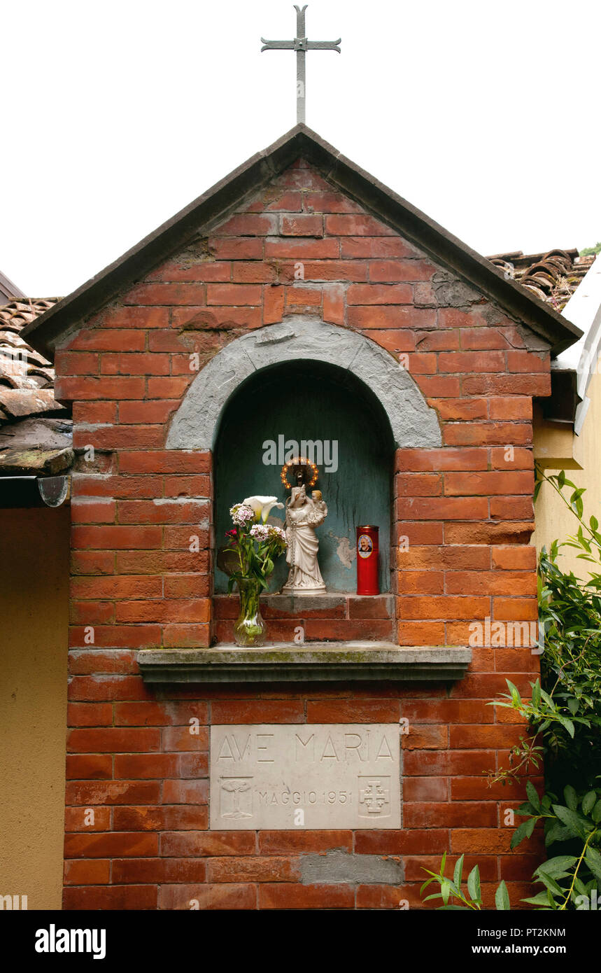 Madonna, altar, Christianity, Tuscany, Italy - Stock Image