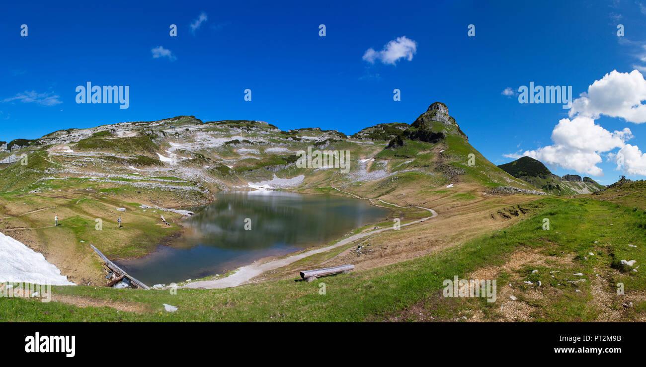 Austria, Styria, Salzkammergut, Ausseerland, Augstsee with view to the Atterkogel, Totes Gebirge, Loser Panoramastraße - Stock Image