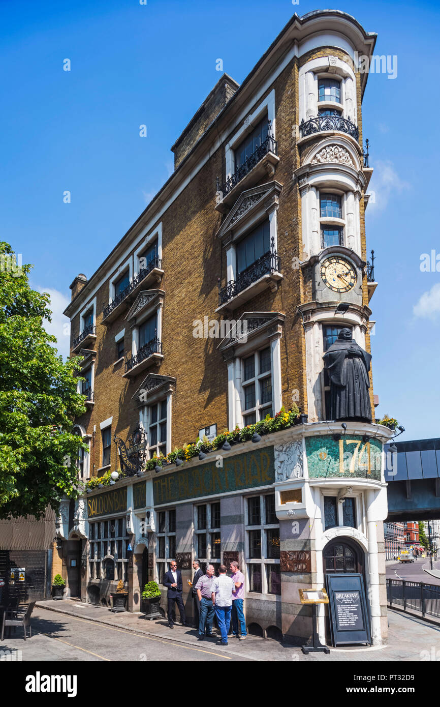 England, London, The City of London, The Black Friar Pub Stock Photo