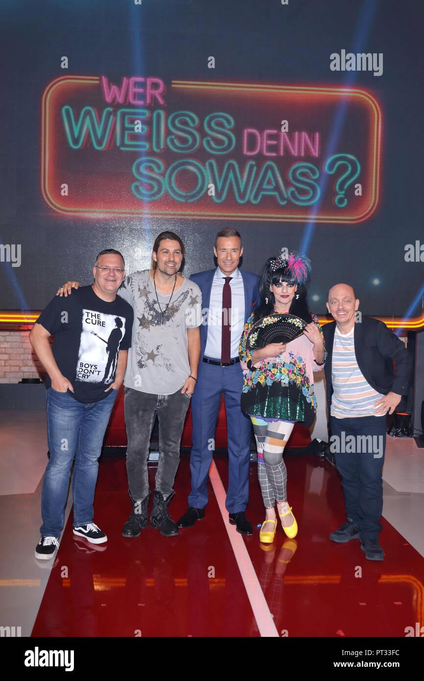 Celebrity Contestants For The Quiz Show Wer Weiss Denn Sowas Xxl Featuring Elton David Garrett Kai