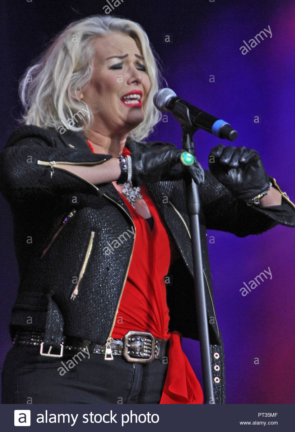 Kim Wilde at Rewind North at Capesthorne Hall, Siddington, Cheshire on Saturday 05 August 2017 - Stock Image