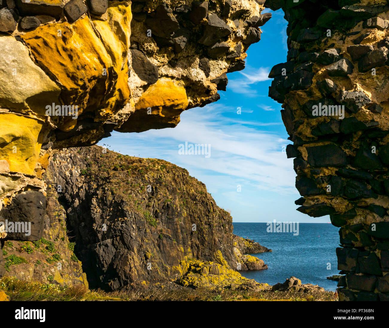Natural sea hole named Lady's veil, Fidra Island, Firth of Forth, East Lothian, Scotland, UK - Stock Image