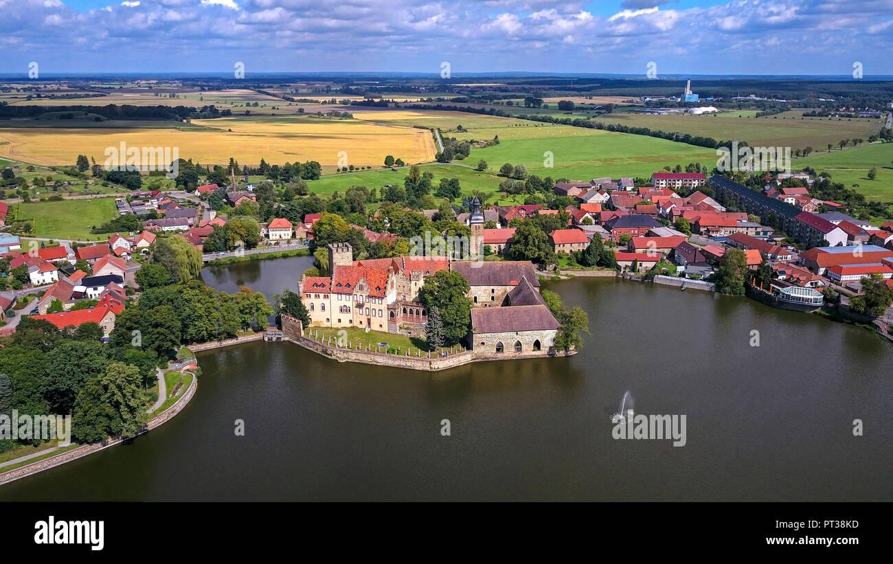 Water castle Flechtingen and Ortsansicht, Flechtingen, Saxony-Anhalt, Germany - Stock Image