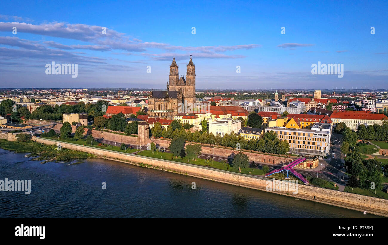 View across the Elbe to Magdeburg with Dom, Saxony-Anhalt, Germany - Stock Image