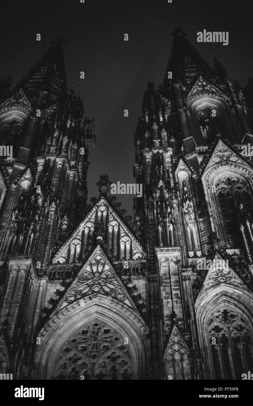 Cologne Cathedral at night in February - Stock Image