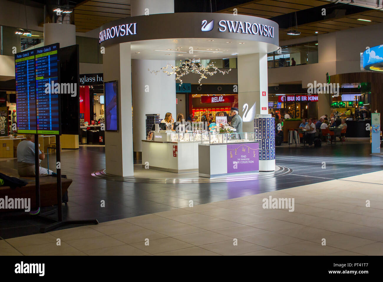 0a482ce07eac 5 October 2018 A Swarovski crystal Duty free retail outlet in Faro Airport  International Deparrtures -