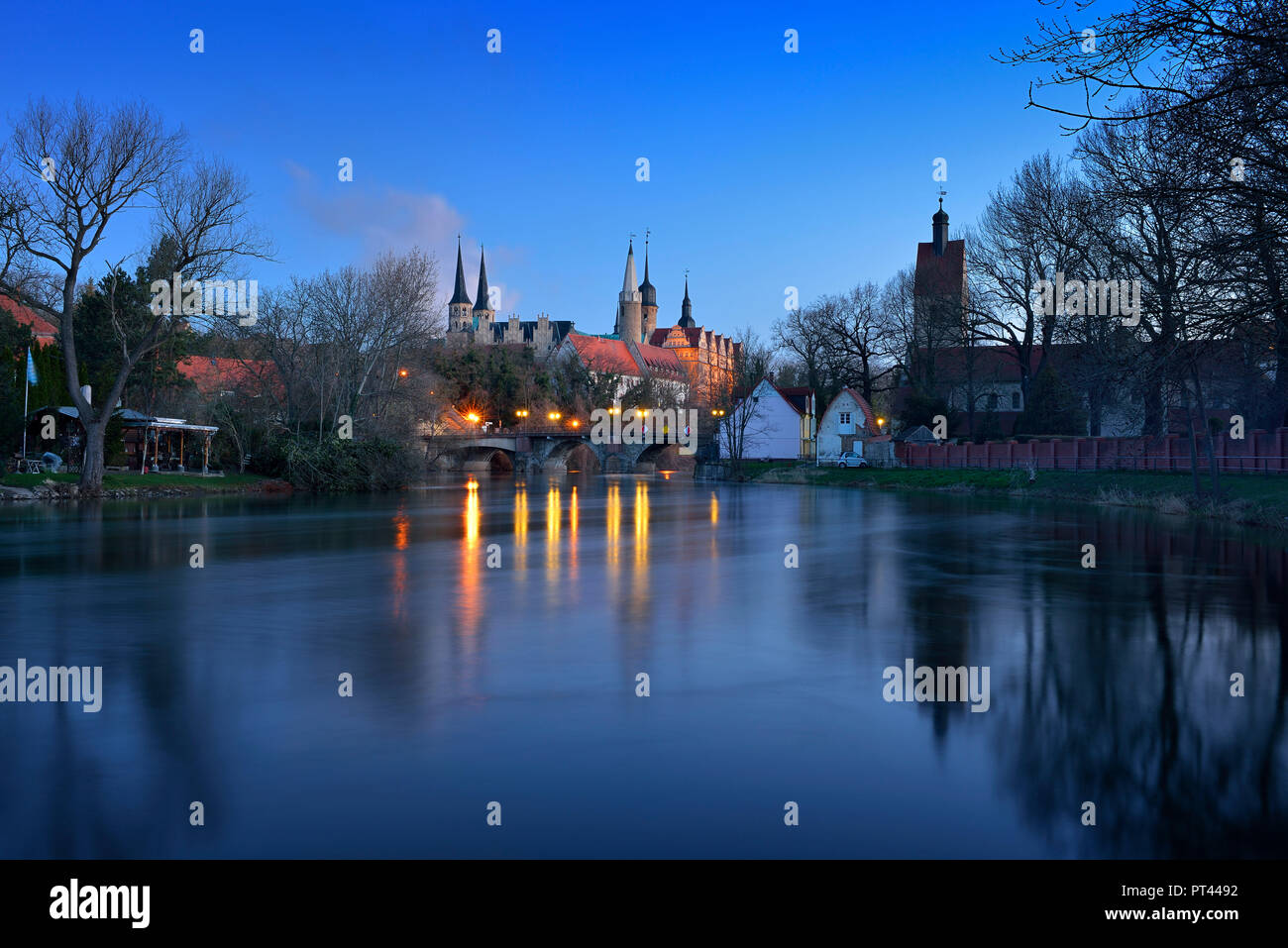 Germany, Saxony-Anhalt, Merseburg, cathedral and castle over the Saale, dawn - Stock Image