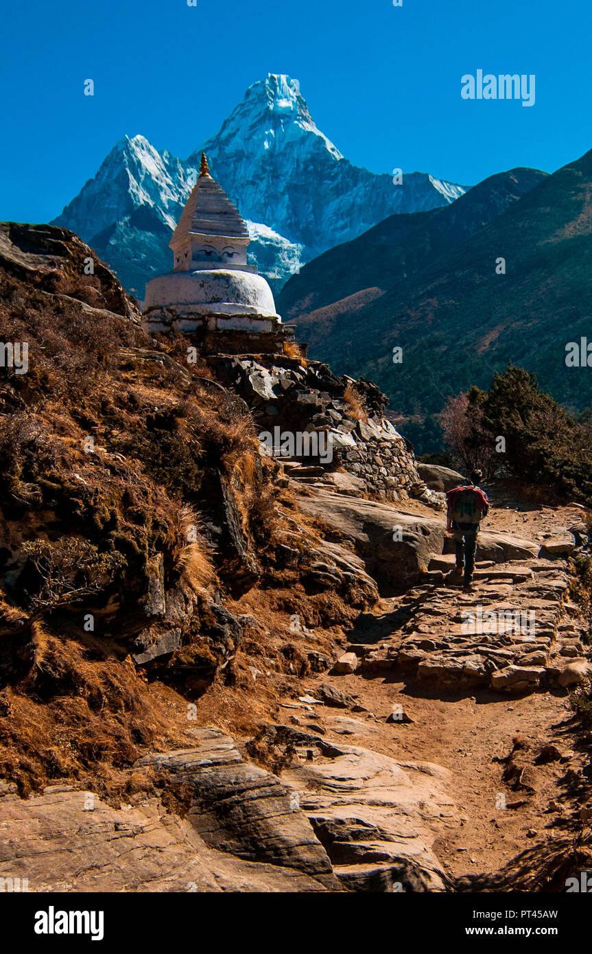 Asia, Nepal, Himalaya region, Ama Dablam, Khumbu Himal, Sagarmatha National Park, Everest Base Camp Trekking, - Stock Image