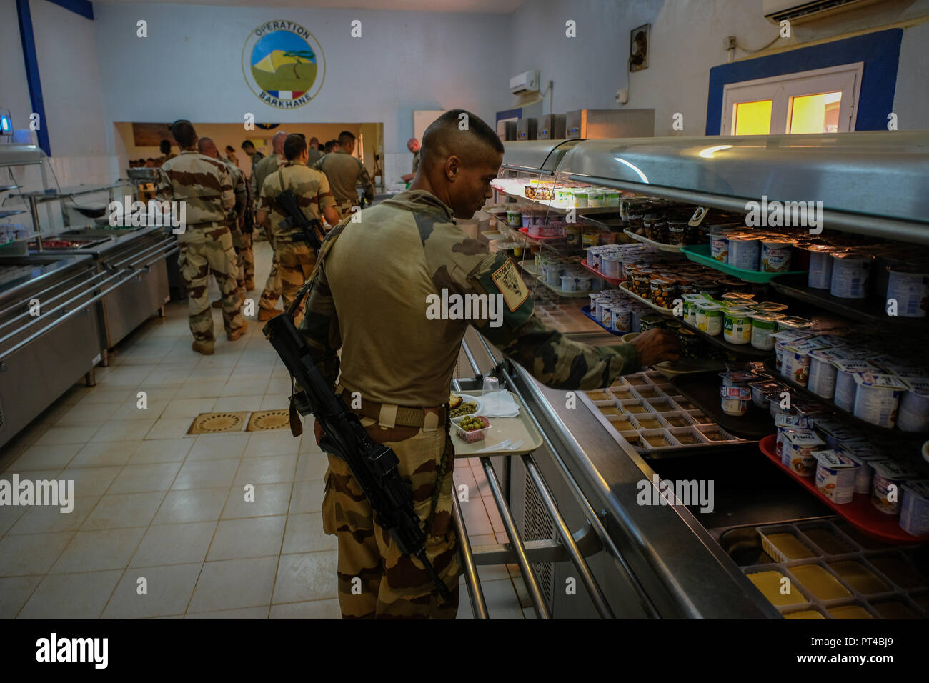 Gao's French base in Mali is the largest of the Barkhane external operation. It is from this base that the operations are launched against terrorist armed groups.. Gao - Mali - august 2018. La base française de Gao au Mali est la plus importante de l'opération extérieure Barkhane. C'est depuis cette emprise que les opérations sont lancées contre les groupes armés terroristes.. Gao - Mali - août 2018. Stock Photo