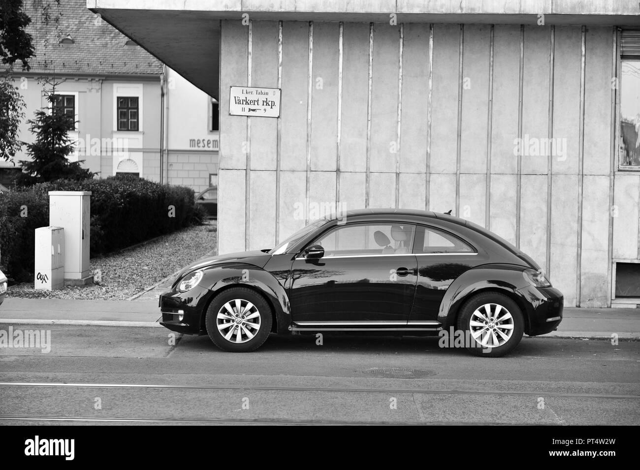 BUDAPEST, HUNGARY - 22 SEPTEMBER: VW New Beetle in the street of Budapest on September 22, 2018. - Stock Image