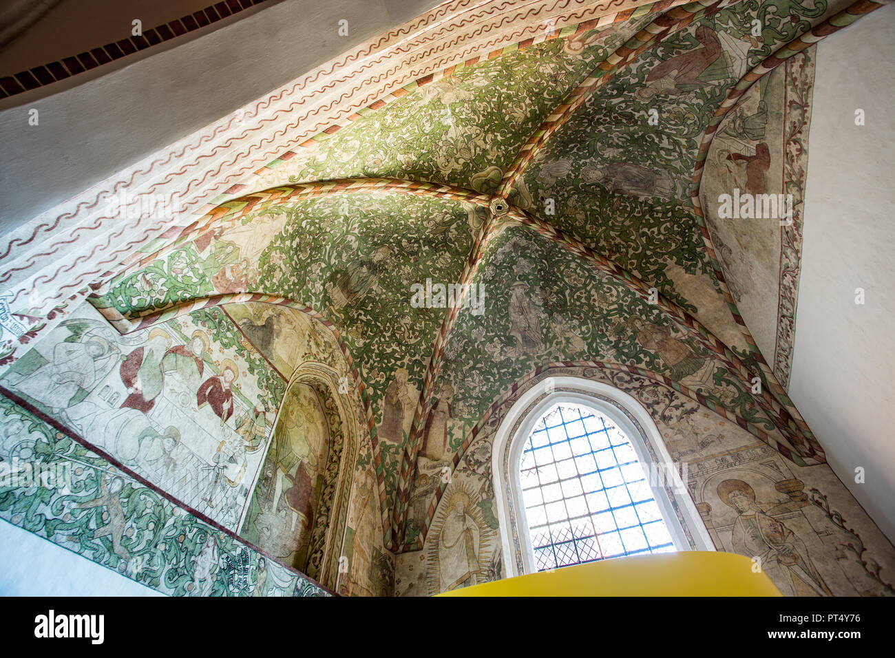 Roskilde, Cathedral, interior, painted ceiling - Stock Image