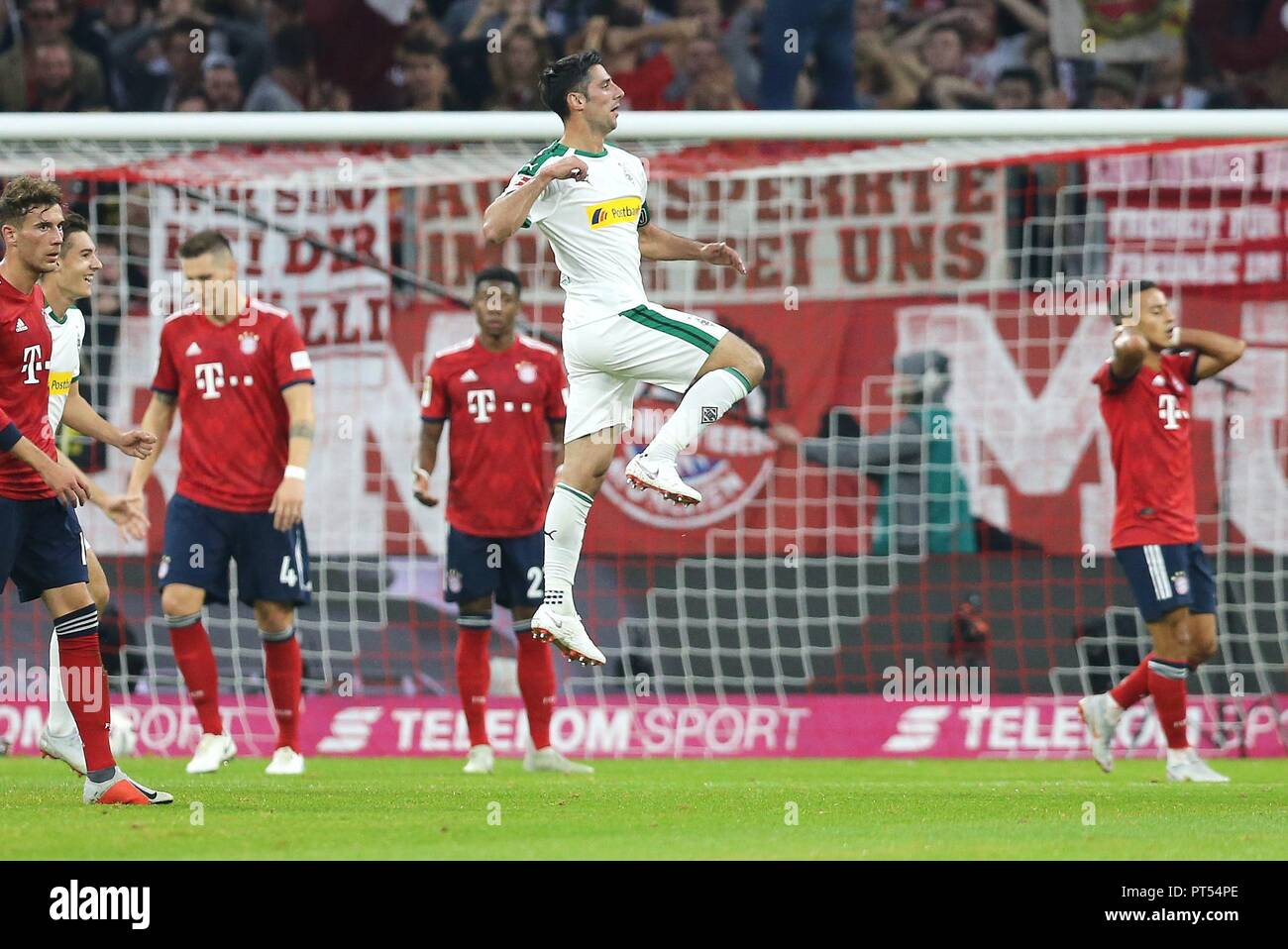 firo: 06.10.2018 Fuvuball, Football: 1.Bundesliga FC Bayern Munich - Borussia Mv? nchengladbach, Lars Stindl, Gladbach, jubilation | usage worldwide Stock Photo