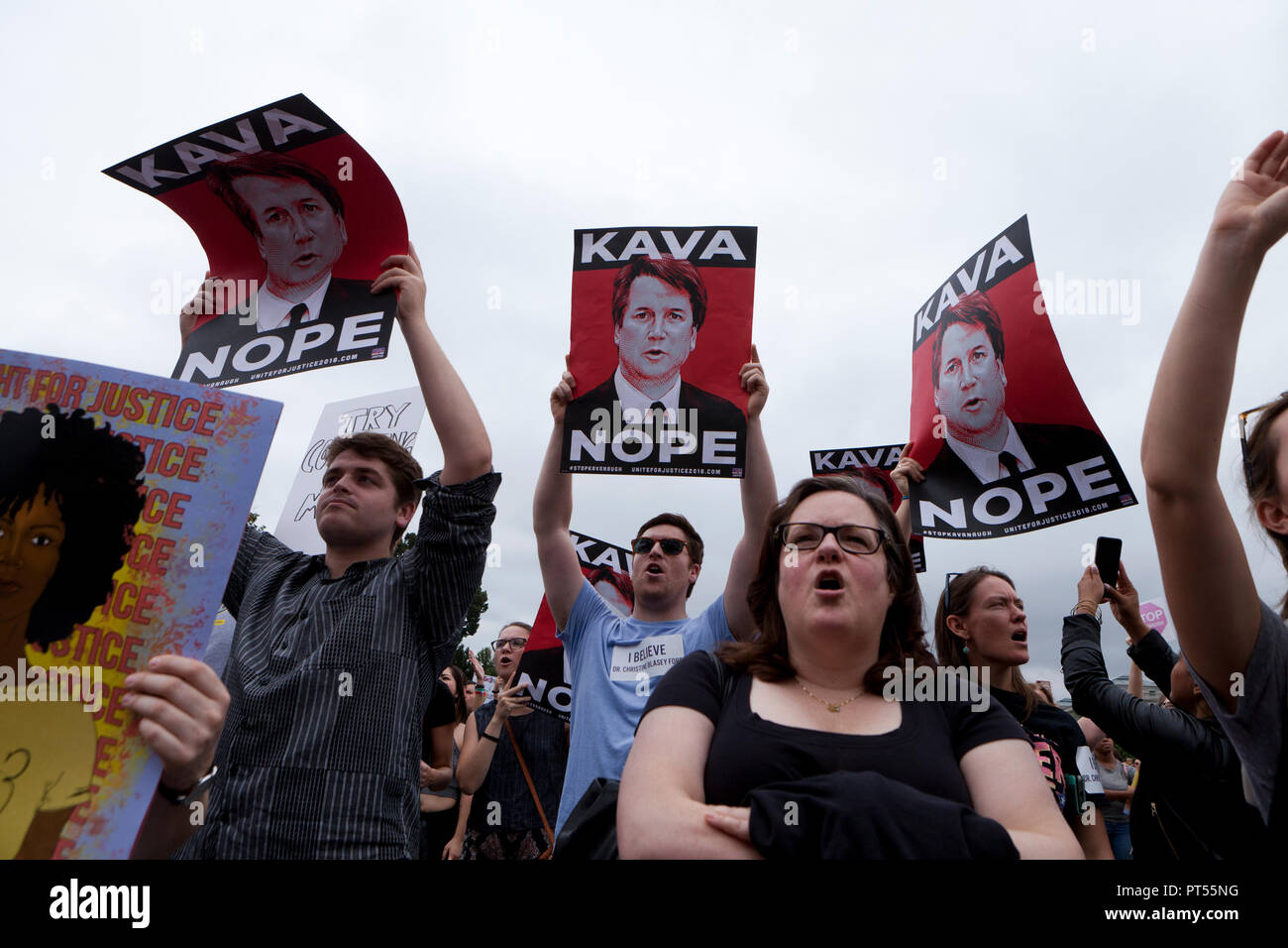 Washington, USA, 6th Oct, 2018: On the day of the final vote to confirm Brett Kavanaugh to the US Supreme Court, thousands of democrat activists protest in front of the Supreme Court building and the US Capitol.  Credit: B Christopher/Alamy Live News - Stock Image
