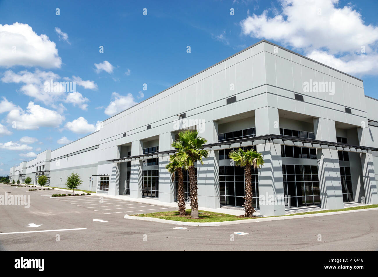 Davenport Florida warehouse for lease new empty vacant - Stock Image