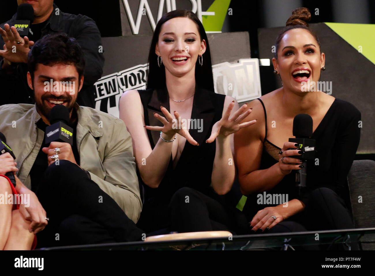 New York, NY, USA. 7th Oct, 2018. Sean Teale, Emma Dumont and Grace Byers at The Gifted Cast Interview at the Jacob Jackets Center at the 2018 New York Comic Con in New York City on October 7, 2018. Credit: Diego Corredor/Media Punch/Alamy Live News - Stock Image