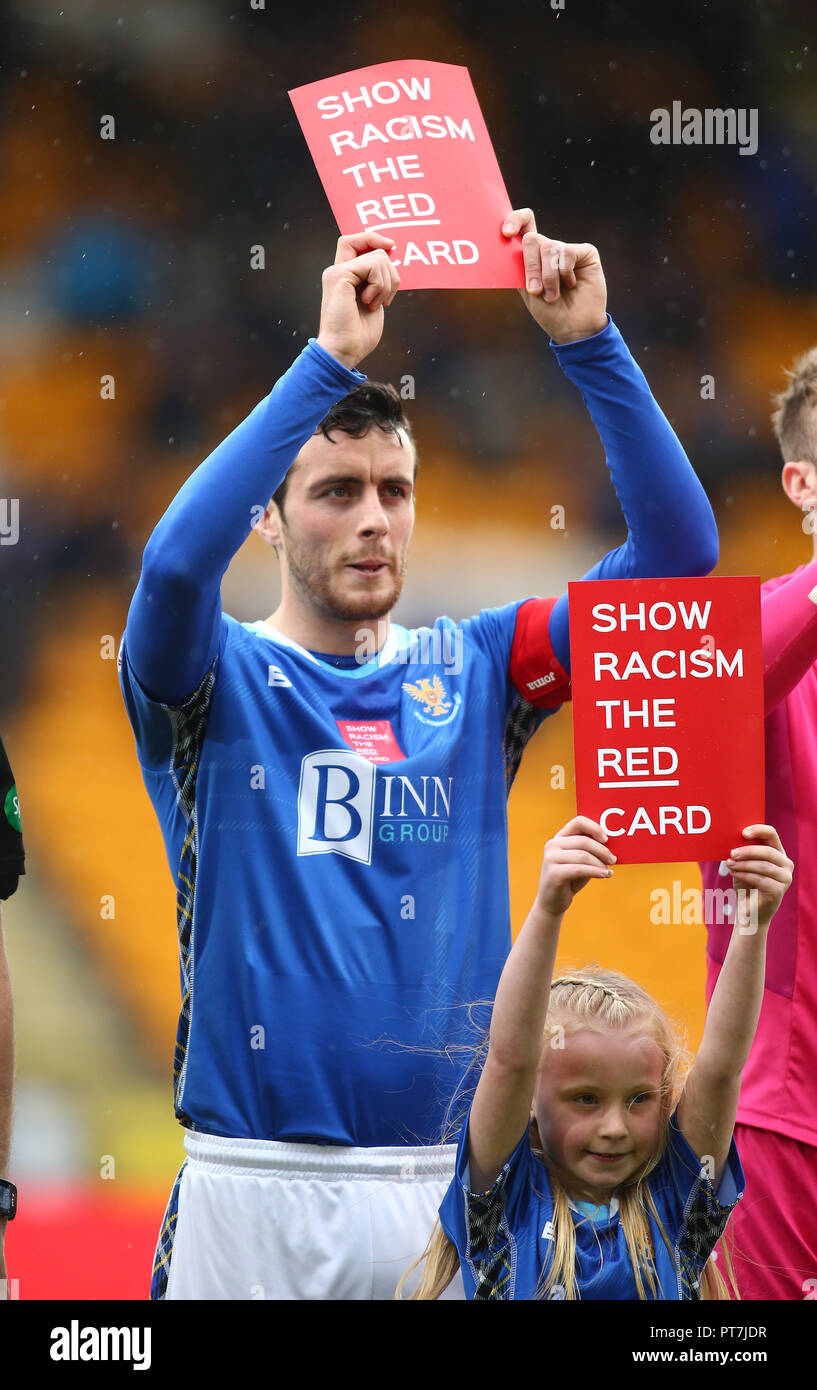 McDiarmid Park, Perth, UK. 7th Oct, 2018. Ladbrokes Premiership football, St Johnstone versus Celtic; St Johnstone captain Joe Shaughnessy displays the 'anti-racism' card Credit: Action Plus Sports/Alamy Live News - Stock Image