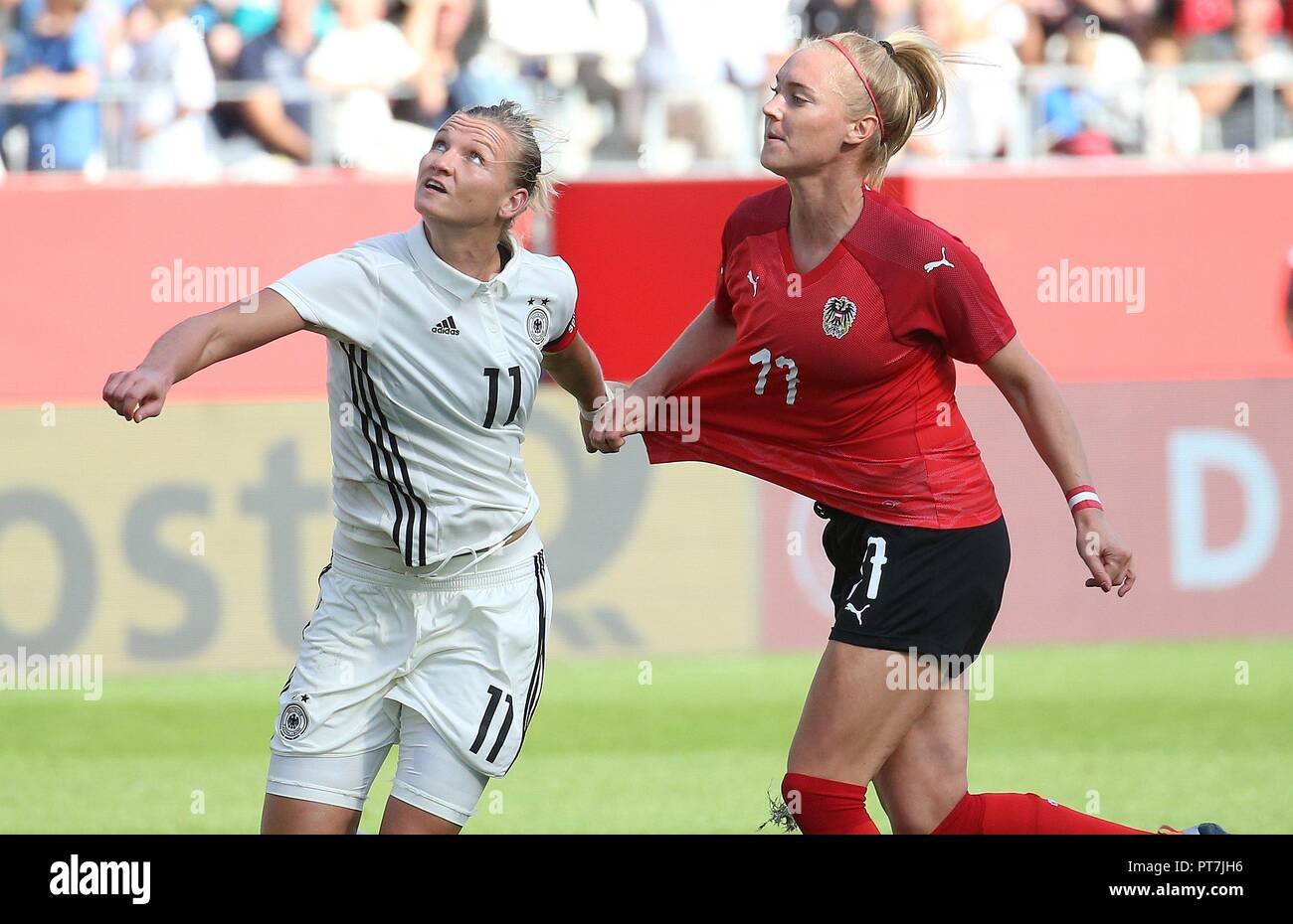buy popular bb87a 52357 Eat, Deutschland. 06th Oct, 2018. firo: 06.10.2018 Football ...